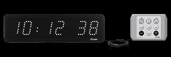 Uhr Style 5S, angeschlossen an das Bedienpult Style