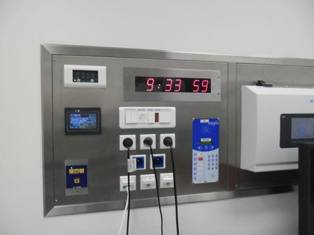 Bodet-clock-hospital