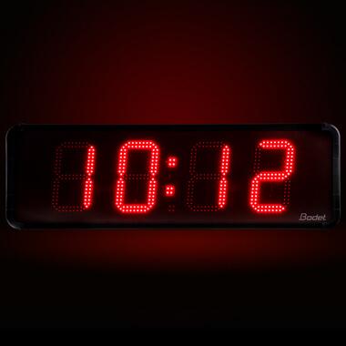 Luminosidad óptima para el reloj HMT LED 25