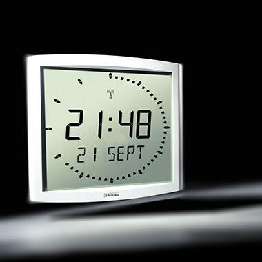 L'horloge Cristalys Ellipse pour un style épuré